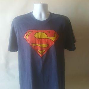 Superman mens short sleeve t-shirt size L
